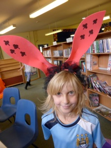 Holmewood Alice headdresses7